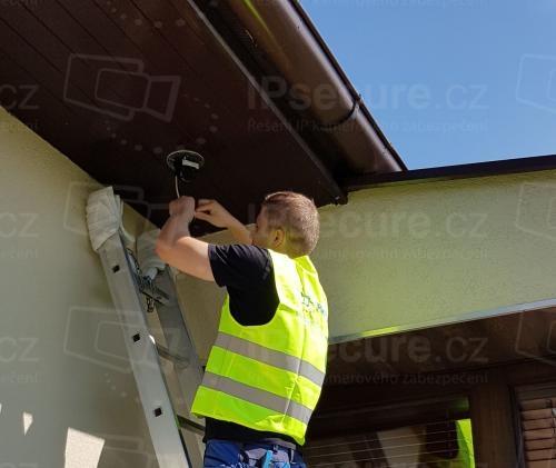 Instalace venkovní IP kamery VIVOTEK na rodinný dům