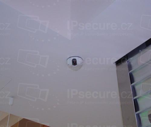 Instalace IP kamery VIVOTEK MD8562 do prodejny